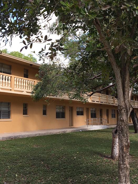 Cordoba Courts exterior
